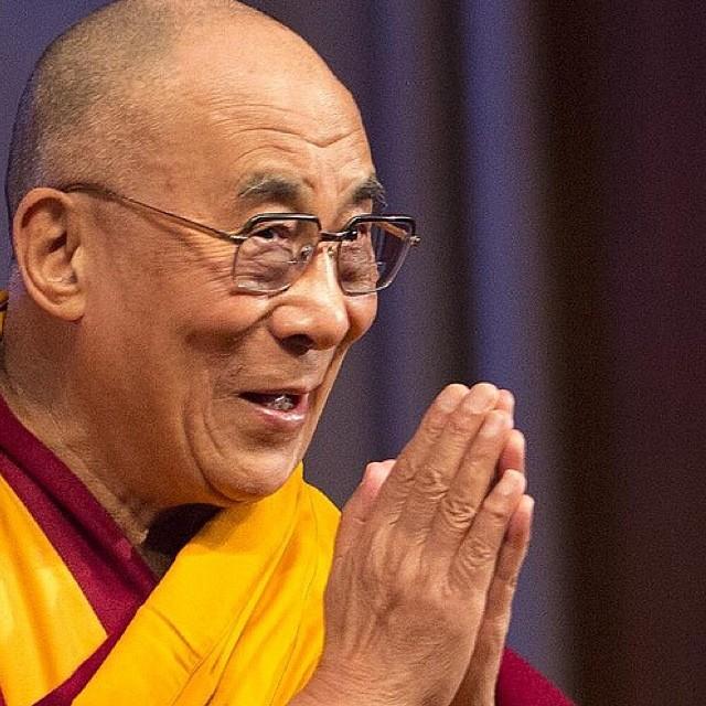 Ο μοναχός Tenzin Gyatso (ΑΑ ο 14ος Dalai Lama)